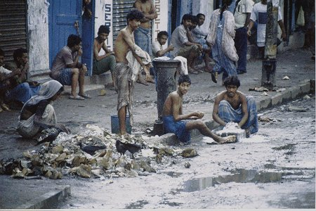Was Calcutta Poverty Really That Bad - Is india a poor country
