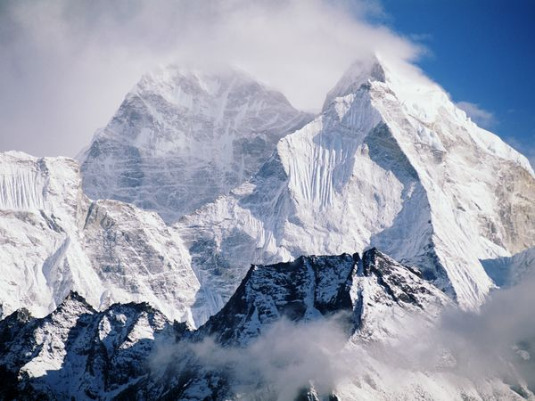 418 words short essay on The Himalayas
